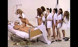 Enfermeira safada! patient screwed by 8 angels